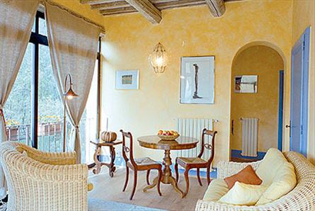 view of the living room in a small tuscan hotel