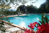 accommodations with swimmingpool in tuscan