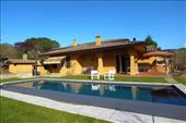 Luxury modern villa near Arezzo centre