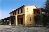 inexpensive villa in tuscany