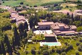 Exclusive b&b in Tuscan countryside