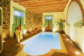 Luxury villa in Cortona with heated pool