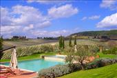accommodations in chianti for group